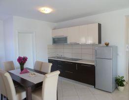 Apartment 4+2