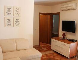 Apartment I (4+2)