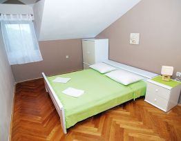 Appartamento Potkrovlje more