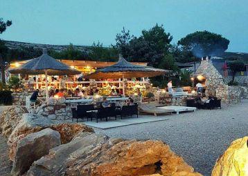 Shooby Beach Bar