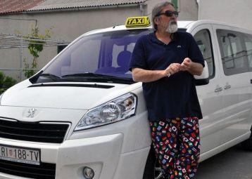 Taxi Novalja
